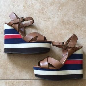 Steve Madden Wedge Heel Sandals Size 7.5